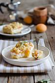 Ricotta-Pfirsich-Streuselkuchen