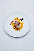 Sautierte Foie Gras und Gewürz-Jus mit Orangen