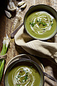 Green vegetable soup with spring onions and garlic