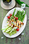 Roasted green asparagus with grilled halloumi
