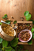 Piedmont hazelnuts: roasted, shelled and unshelled