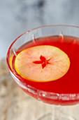 Jack Rose Cocktail mit Lairds Apple Jack Brandy, Grenadine und Zitronensaft