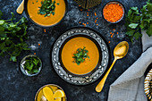 Moroccan red lentil soup with parsley