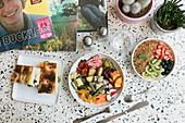 Fladenbrot, Veggie Bowl und Breakfast Bowl