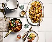 Geschmortes Hähnchen und Safranreis persische Art