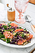 Legumes and vegetables salad with grapefruit