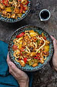 Udon noodles with crispy tofu, peppers, ginger and chilli (China)