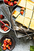 Salted cheesecake with strawberries