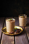Chocolate and date smoothie