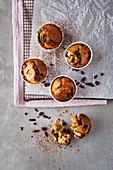 Orangen-Muffins mit Chocolate Chips (zuckerfrei)