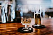 Drinks auf Bartheke