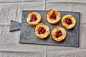 Mini Camembert tartlets with lingon berries