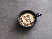 Yoghurt dip with peppers
