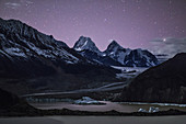 Laigu Glacier at night