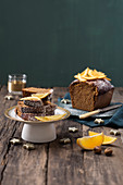 Spiced cake with chestnut honey