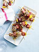Gegrillte Putenbrustspiesse mit Chorizo und Paprika