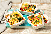 Pasta and veggies bake with egg