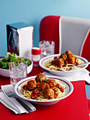 Spaghetti mit Fleischbällchen im Diner (USA)