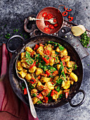 Saag Aloo (potato curry with spinach, India)