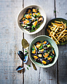 Belgian-style mussels 'n chips