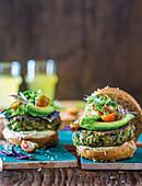 Green goddess burgers with hummus