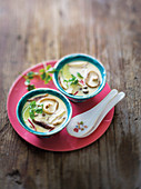 Tom Kha Gai Suppe (Thailand)