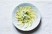 Kohlrabi-Apfel-Salat mit Kerbel