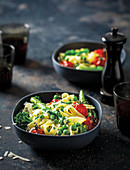 Tagliatelle Primavera (mit Gemüse)