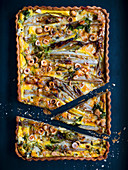 Quiche with roquefort, apples and chicory