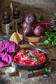 Rote-Bete-Risotto mit Parmesan