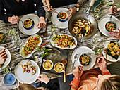 Asiatisches 'Sweet And Sour' Buffet für Gäste