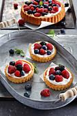 A few tarts with fresh berries