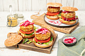 Burgers with tuna, potat and veggies (carrot, courgette) patties