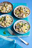 Hering-Kartoffel-Salat mit Essiggurken