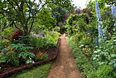 Blühender Garten auf Madeira