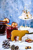 Mulled wine and elk-shaped gingerbread