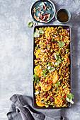 Persisch gewürzter Gersten-Mandarinen-Salat mit Mandeln