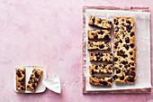 Cinnamon-spiced cookie bars