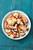 Blondie apple pie with cheesecake cream