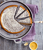 Cheesecake with poppy seeds and lemon