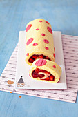Polka dot sponge roll with strawberry filling