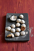 Cinnamon balls with powdered sugar