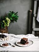 Vegane Schokoladenbrownies mit Kakakopulver