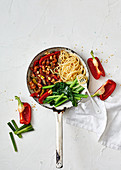 Kung pao spaghetti with prawns (China)