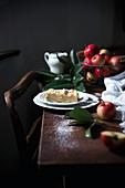 Vegan apple crumble cheesecake