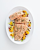 Salmon fillet with green pepper and citrus fruit