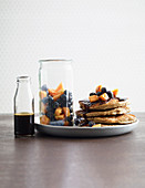 Almond and coconut pancakes with papaya (low carb)