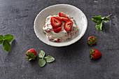 Cashew nut and quark cream with strawberries