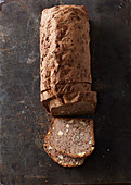 Nutty wholemeal spelt bread with honey