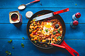 Middle Eastern shakshuka with eggs